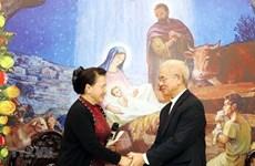 Nguyen Thi Kim Ngan salue les contributions du Comité de solidarité des catholiques
