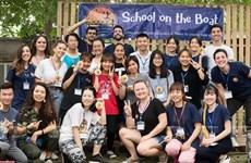 School on the Boat vient en aide aux élèves défavorisés de Hanoi
