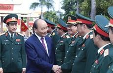 Le PM inspecte la préparation au combat dans la 5e région militaire