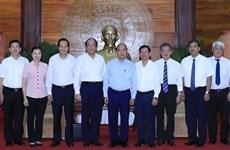 Le Premier ministre en visite de travail à Tra Vinh