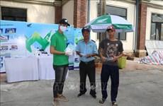 Des travailleurs de Can Tho participe aux efforts de prévention de COVID-19