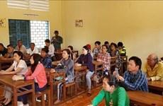 Cours d'aide pour les Cambodgiens d'origine vietnamienne dans leur intégration à la société local