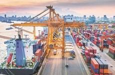 Le Vietnam enregistre un excédent commercial malgré COVID-19