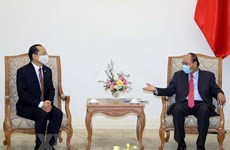 Le PM Nguyên Xuân Phuc reçoit le nouvel ambassadeur du Cambodge