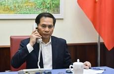 Le Vietnam souligne la coopération internationale dans le combat du COVID-19