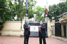 Coronavirus : l'aide humanitaire vietnamienne arrive à Milan
