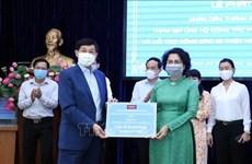 Les Vietnamiens résidant à l'étranger soutiennent la lutte anti-coronavirus