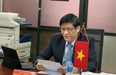 Santé : des responsables vietnamiens et laotiens discutent de la lutte contre le COVID-19