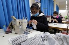 Coronavirus : une compagnie de vêtements se tourne vers le masque