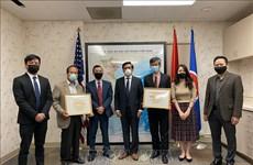 Les Vietnamiens aux Etats-Unis appuient la lutte anticoronavirus