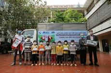 1,7 million de verres de lait pour les enfants démunis