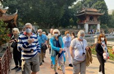 Exemption et réduction des tarifs des chambres pour les visiteurs étrangers bloqués par le COVID-19