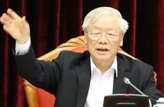 13e Congrès : le leader du Parti souligne les questions cruciales du personnel