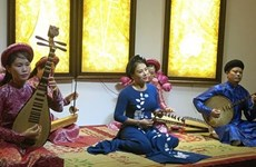 Intégration du chant de Huê dans l'enseignement scolaire