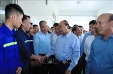 Le PM rencontre des travailleurs de la mine de charbon de Ha Lam