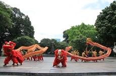 Diverses activités culturelles en juin dans les rues piétonnes de Hô Guom