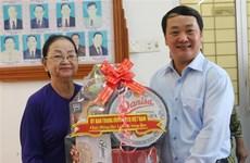 Félicitations aux bouddhistes de Hoa Hao