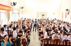 """""""Dites non aux fausses nouvelles"""", un bon programme à Cân Tho et Dông Thap"""