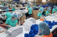 Le Vietnam a exporté 557 millions de masques médicaux au 1er semestre