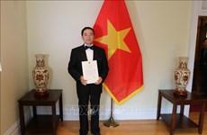 Promouvoir les relations multiformes Vietnam-Canada