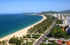 Chercher des moyens de promouvoir le tourisme à Khanh Hoa