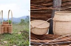 Une exposition pour présenter le tissage artisanal de l'ethnie Co Tu