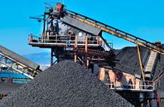 Le Vietnam verse près de 3 milliards de dollars pour l'importation de charbon