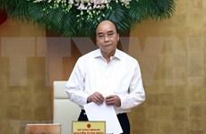 Le gouvernement poursuit la lutte contre le COVID-19 et le développement économique