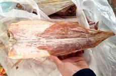 Les calmars séchés vietnamiens très populaires à l'étranger