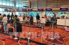 COVID-19 : rapatriement de près de 360 Vietnamiens de Singapour