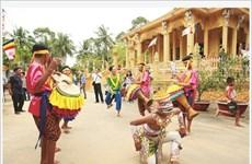 Ouverture de la fête Ok Om Bok des Khmers à Tra Vinh