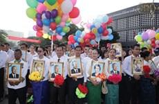 Le gouvernement et l'AN du Vietnam adressent des messages de félicitations au Cambodge