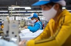 Les exportations nationales de masques continuent de croître