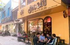 Les cafés de rue, trait culturel très hanoïen