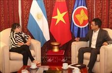 Le Vietnam et l'Argentine promeuvent les relations de coopération