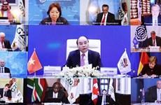 Le PM Nguyên Xuân Phuc appelle aux efforts pour construire un avenir inclusif, durable et résilient