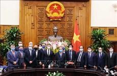 Le PM Nguyen Xuan Phuc reçoit l'ancien vice-Premier ministre allemand