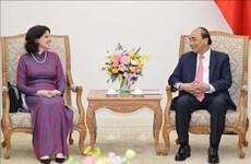 Le PM Nguyên Xuân Phuc reçoit l'ambassadrice cubaine