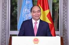 Le PM appelle le monde à renforcer la coopération pour vaincre le Covid-19