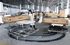 """La presse asiatique souligne la """"clé"""" aidant l'économie du Vietnam à croître"""