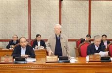 Le leader salue les contributions aux documents du 13e Congrès du Parti