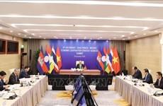 Le PM Nguyên Xuân Phuc assiste à l'ACMECS-9