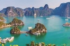 Quang Ninh accueille plus de 140.000 touristes en deux premiers jours de 2021