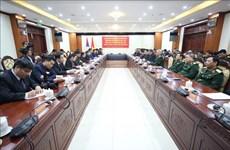 Renforcement des liens spéciaux entre les armées vietnamienne et lao