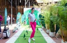 Le tout premier concours Miss Golf Vietnam swingue sur les greens