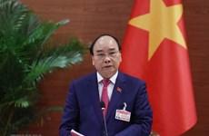 Le PM du Laos félicite son homologue vietnamien Nguyen Xuan Phuc