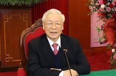 Le dirigeant cambodgien félicite le Vietnam pour le succès du 13e Congrès national du Parti
