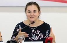 Aide australienne pour améliorer le travail social pour les femmes et les enfants maltraités