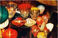 La vieille ville de Hôi An célèbre les lumières