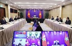 Renforcement de l'efficacité de la coopération entre le Vietnam, le Laos et le Cambodge